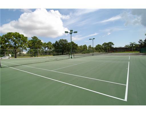 Additional photo for property listing at 4330 SE Scotland Cay Way 4330 SE Scotland Cay Way Stuart, Florida 34997 United States