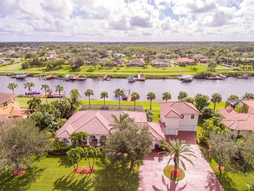 Single Family Home for Sale at 2616 SW River Shore Drive 2616 SW River Shore Drive Port St. Lucie, Florida 34984 United States