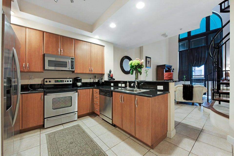 801 S Olive Street 115 West Palm Beach, FL 33401 photo 4