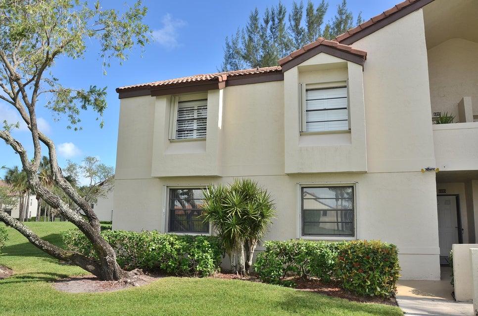 6045 Parkwalk Drive  Boynton Beach FL 33472
