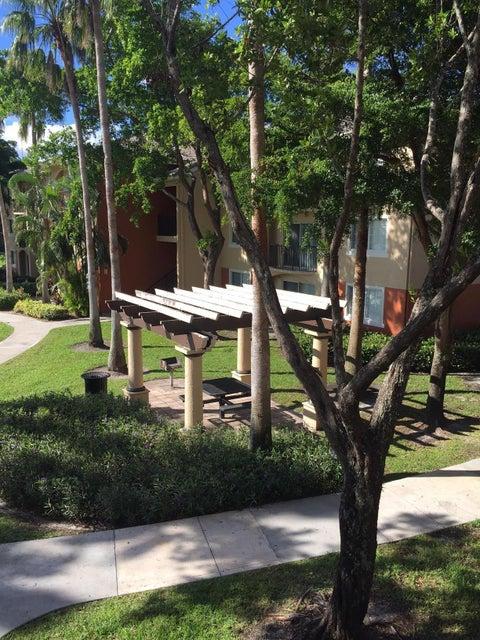 4195 Haverhill Road 308 West Palm Beach, FL 33417 photo 21