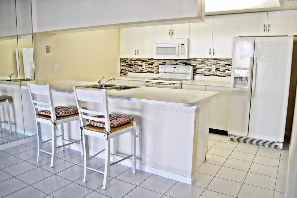 Coopérative / Condo pour l à louer à 161 Waterside Drive 161 Waterside Drive Hypoluxo, Florida 33462 États-Unis