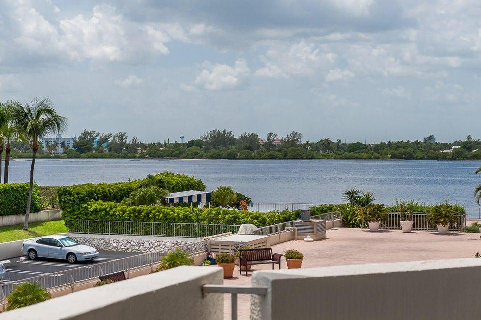 2773 S Ocean Boulevard 210  Palm Beach FL 33480