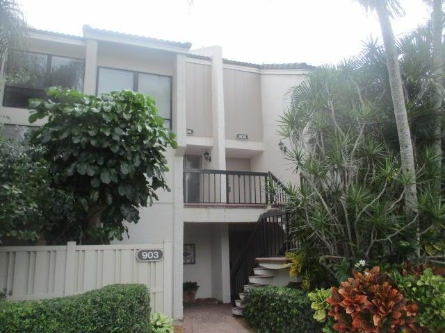 905 Bridgewood Place  Boca Raton FL 33434