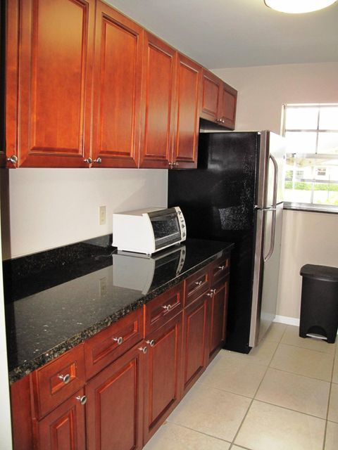 1285 High Point Place # B 1285 High Point Place # B Delray Beach, Florida 33445 United States