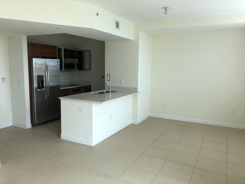 480 Hibiscus Street 635 West Palm Beach, FL 33401 photo 4