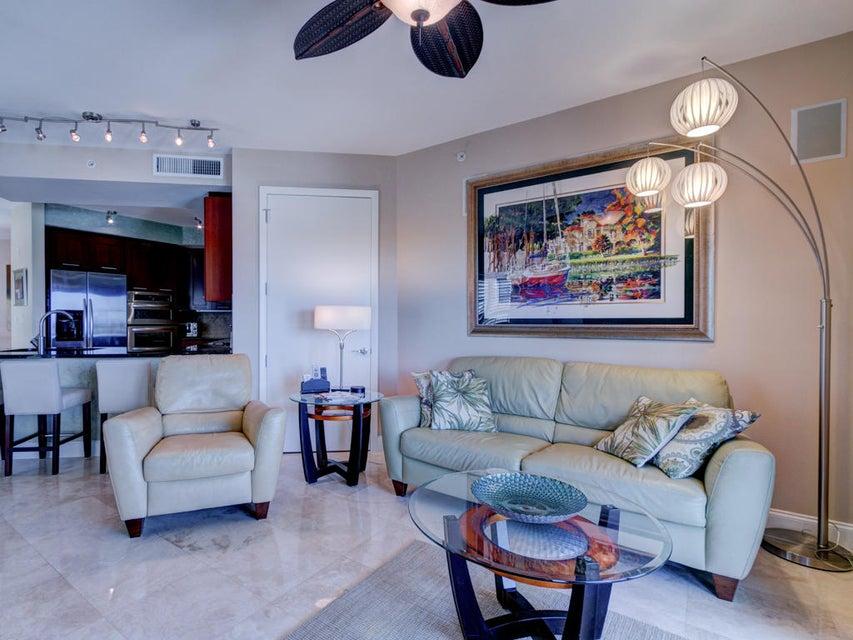 Cooperativa / condomínio para Locação às 2501 N Ocean Boulevard 2501 N Ocean Boulevard Fort Lauderdale, Florida 33305 Estados Unidos