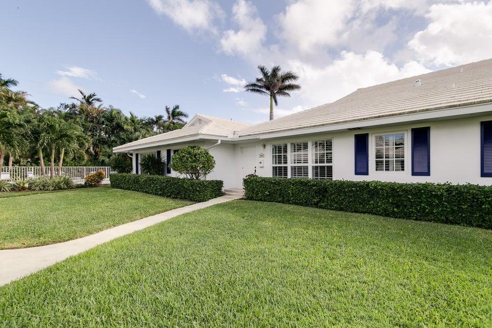 Villa for Sale at 125 Venetian Drive # B 125 Venetian Drive # B Delray Beach, Florida 33483 United States