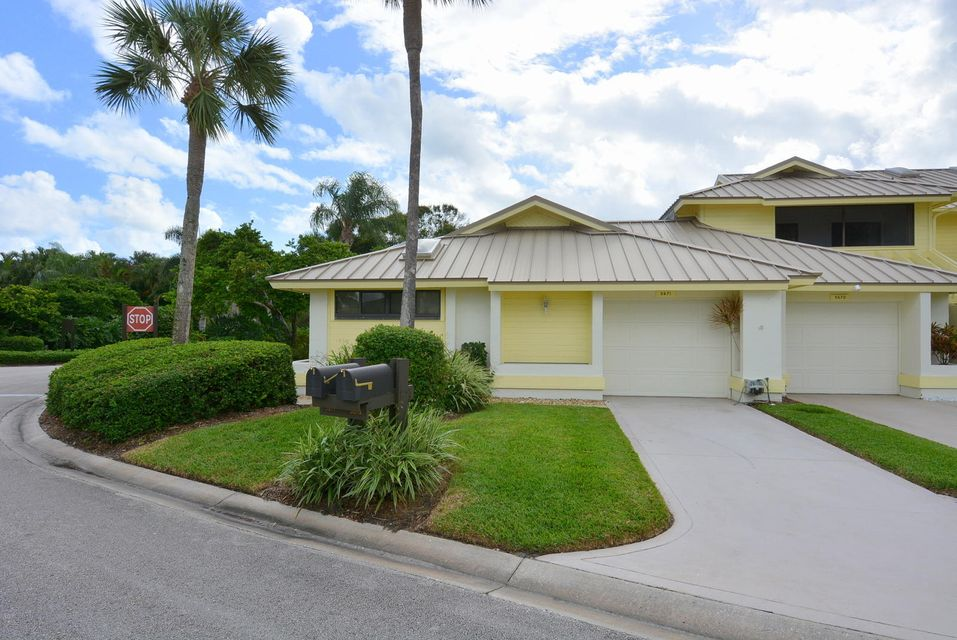 Condominium for Sale at 5671 SE Foxcross Place 5671 SE Foxcross Place Stuart, Florida 34997 United States