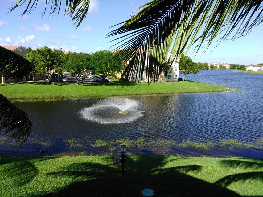 Condominium for Sale at 4190 San Marino Blvd # 304 West Palm Beach, Florida 33409 United States