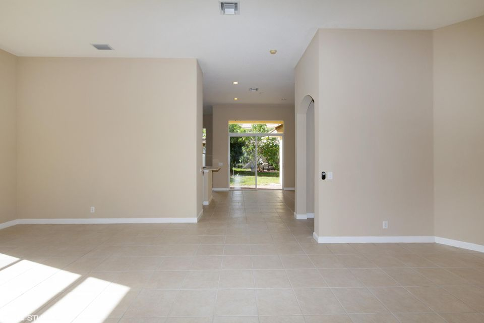 3089 Breakwater Court West Palm Beach, FL 33411 small photo 4