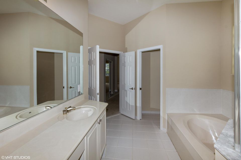 3089 Breakwater Court West Palm Beach, FL 33411 small photo 17