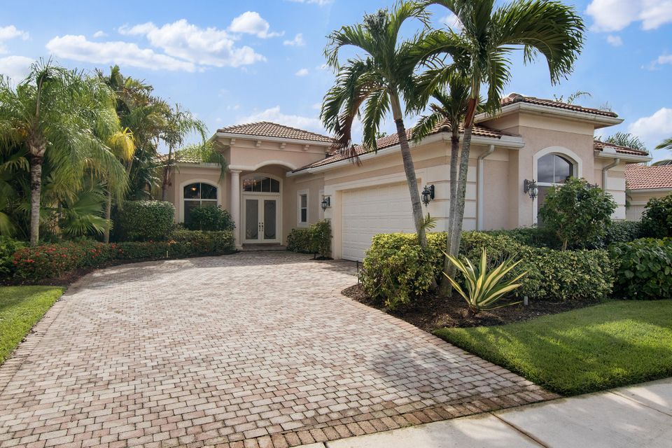 128 Porto Vecchio Way , Palm Beach Gardens FL 33418 is listed for sale as MLS Listing RX-10383132 37 photos