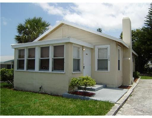 1329 W 26th Court , Riviera Beach FL 33404 is listed for sale as MLS Listing RX-10368423 11 photos
