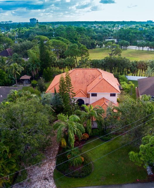14050 N Miller Drive , Palm Beach Gardens FL 33410 is listed for sale as MLS Listing RX-10383200 19 photos
