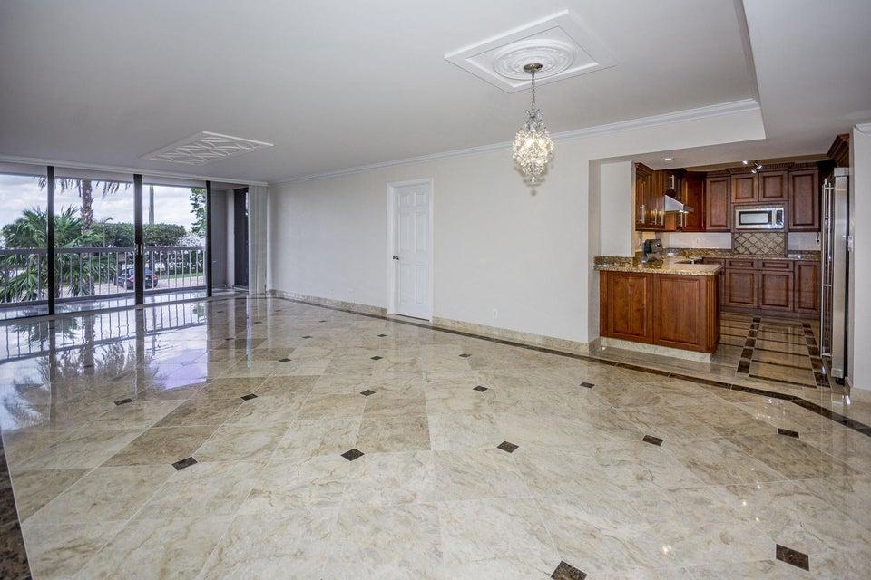 Dorchester Of Palm Beach 3250 S Ocean Boulevard