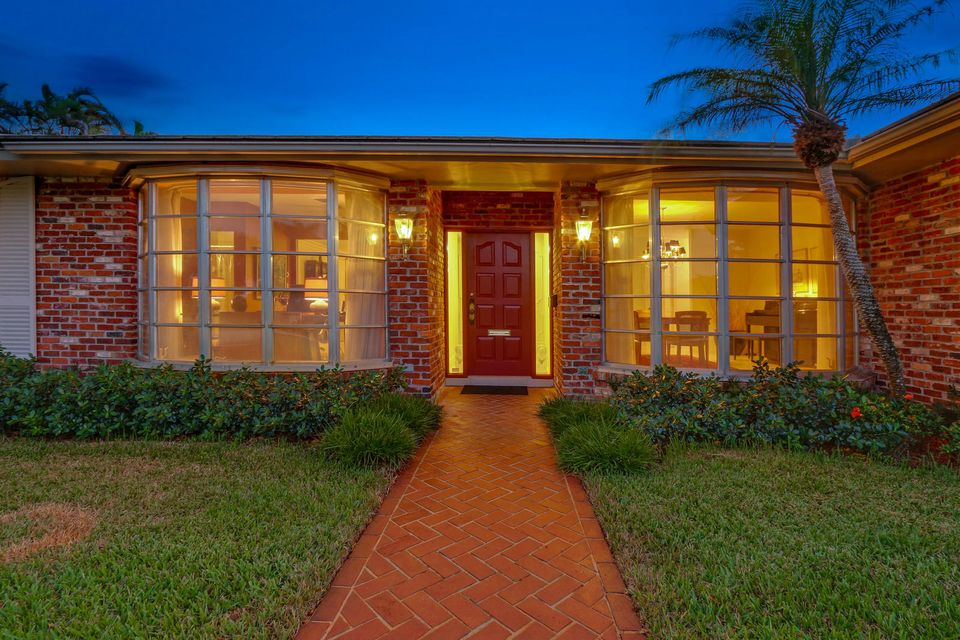 NORTH PALM BEACH COUNTRY CLUB REALTY
