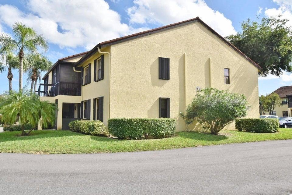 4701 Lucerne Lakes Boulevard 204  Lake Worth, FL 33467