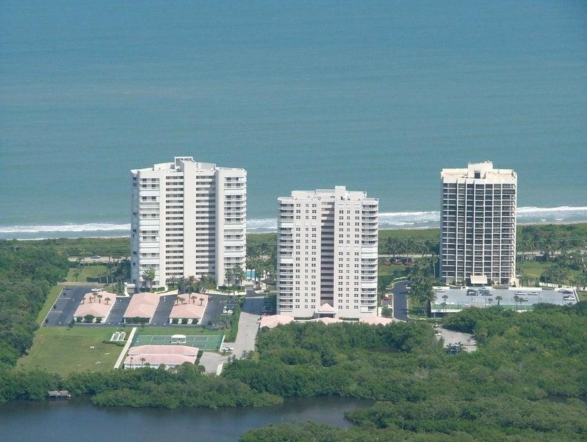 Condominium for Sale at 5047 N A1a # 1402 5047 N A1a # 1402 Hutchinson Island, Florida 34949 United States