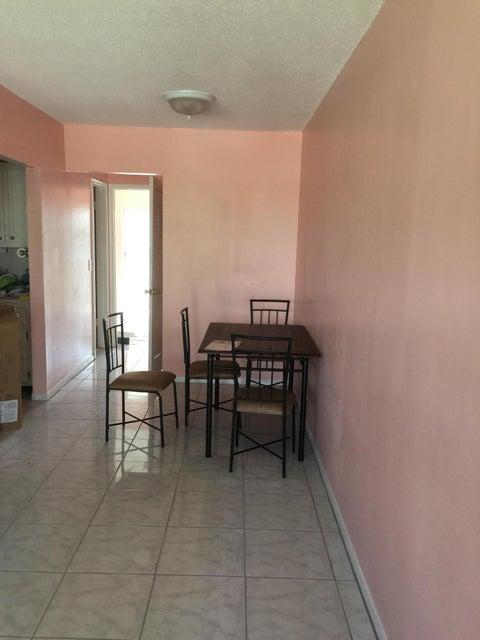 Additional photo for property listing at 46 Waltham B 46 Waltham B West Palm Beach, Florida 33417 United States