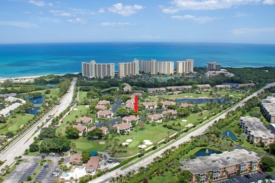 Condominium for Sale at 803 Clubhouse Circle 803 Clubhouse Circle Jupiter, Florida 33477 United States