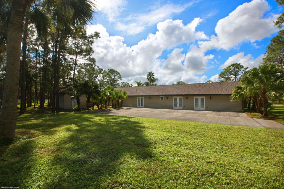 Additional photo for property listing at 5226 SW Ludlum Street 5226 SW Ludlum Street Palm City, Florida 34990 United States