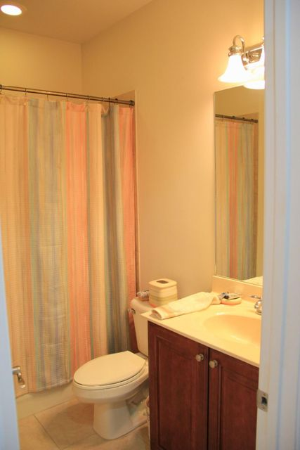 Additional photo for property listing at 900 SW Sun Circle  Palm City, Florida 34990 United States