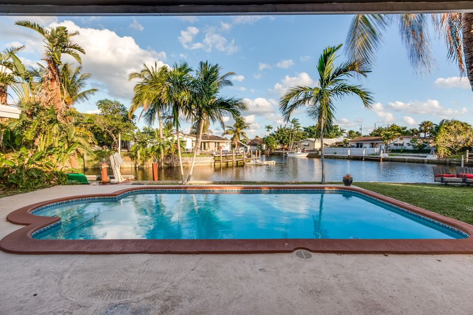 Home for sale in BOULEVARD PARK ISLES Pompano Beach Florida