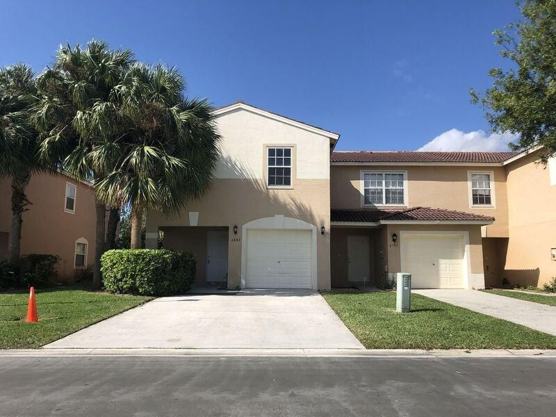 6803 Willow Creek Run  Lake Worth, FL 33463
