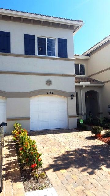 联栋屋 为 销售 在 1172 Sepia Lane 1172 Sepia Lane Lake Worth, 佛罗里达州 33461 美国