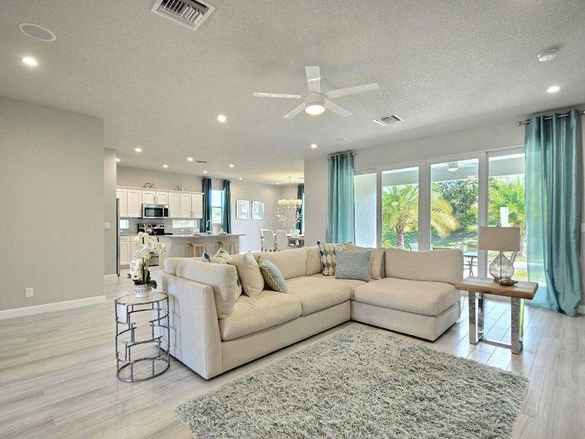 Additional photo for property listing at 4560 21st Street 4560 21st Street Vero Beach, Florida 32966 Estados Unidos
