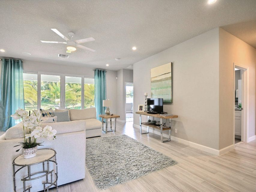 Additional photo for property listing at 4560 21st Street 4560 21st Street Vero Beach, Florida 32966 États-Unis