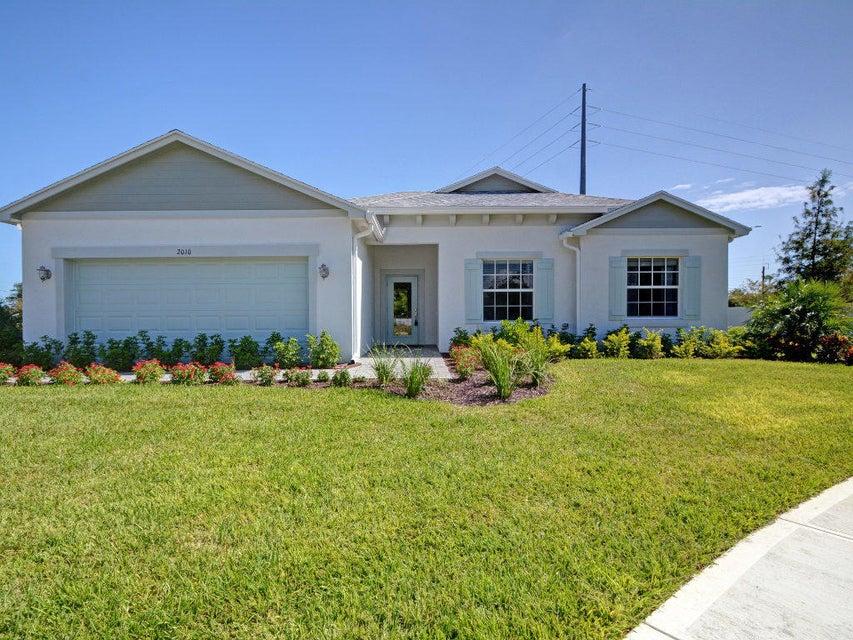 Casa para uma família para Venda às 4560 21st Street 4560 21st Street Vero Beach, Florida 32966 Estados Unidos