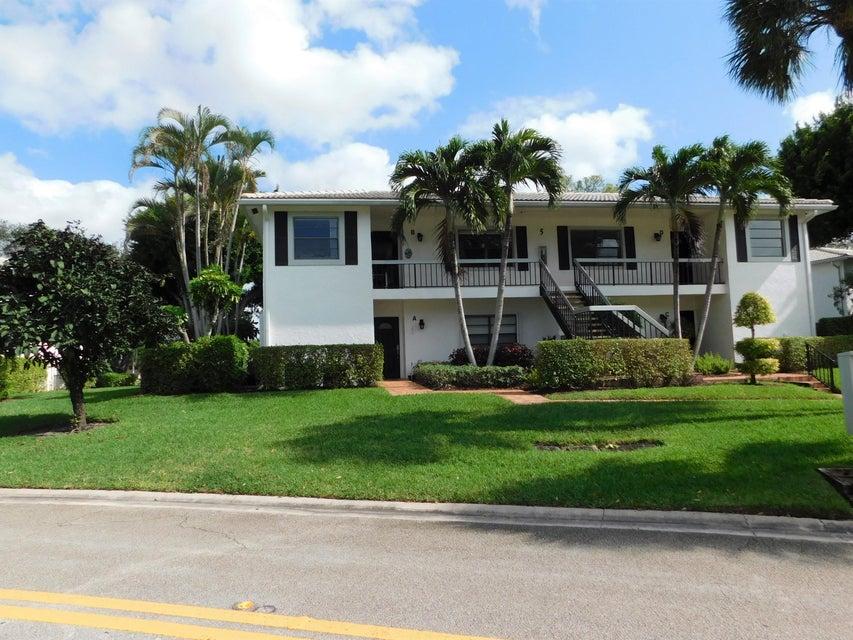 共管式独立产权公寓 为 销售 在 5 Stratford Drive # B 5 Stratford Drive # B 博因顿海滩, 佛罗里达州 33436 美国