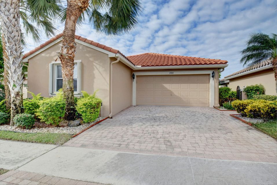 Cascades home 11583 Colonnade Drive Boynton Beach FL 33437