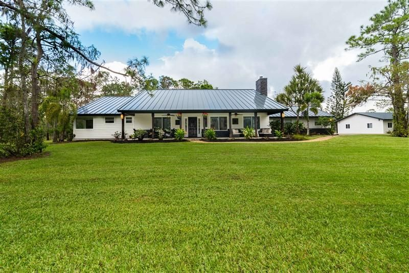 13318 Deer Creek Drive , Palm Beach Gardens FL 33418 is listed for sale as MLS Listing RX-10384107 34 photos
