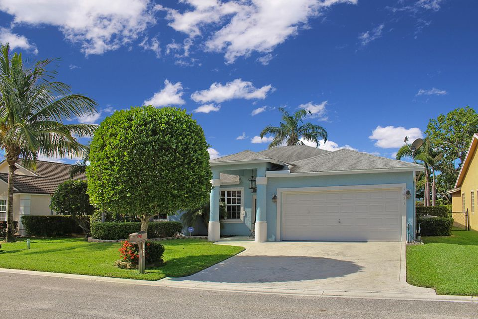 1451  Fairway Circle is listed as MLS Listing RX-10384019 with 34 pictures