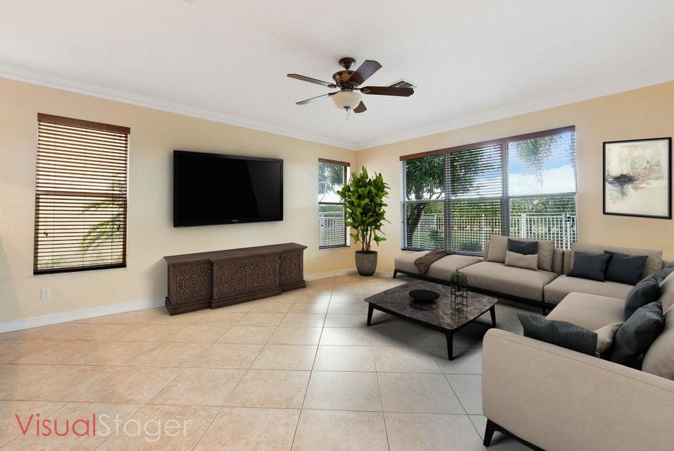 8691 Woodgrove Harbor Lane Boynton Beach, FL 33473 - photo 13