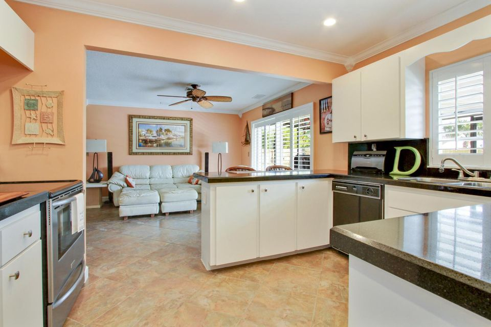 135 Granada Street Royal Palm Beach, FL 33411 photo 6