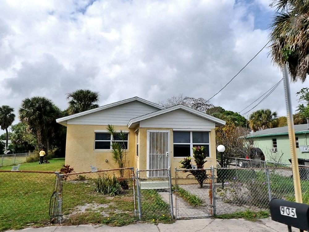 905 N 19th N Street  Fort Pierce FL 34950