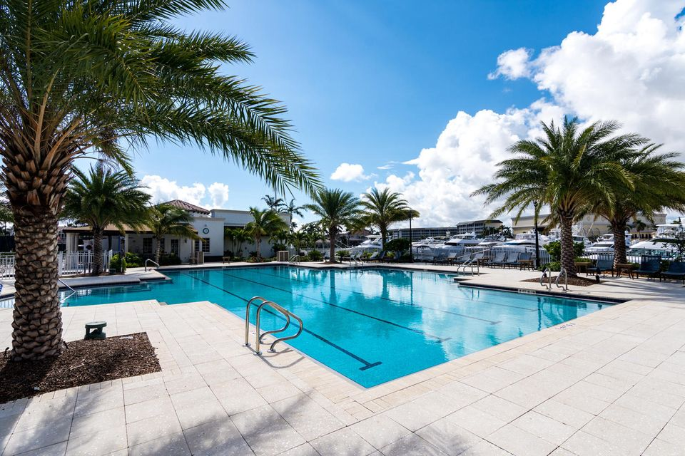 450 S Maya Palm Drive , Boca Raton FL 33432 is listed for sale as MLS Listing RX-10379960 photo #43