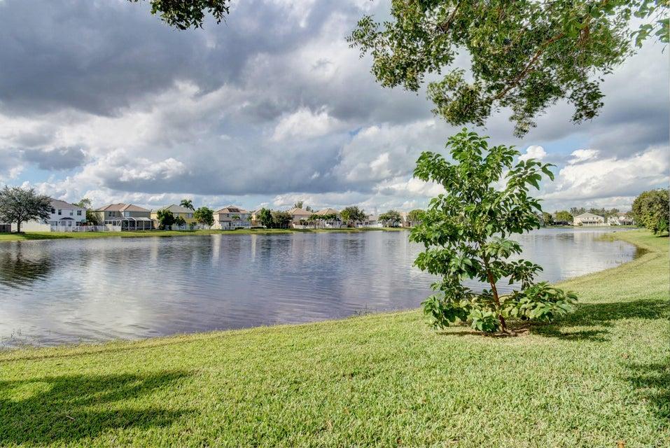 105 Kensington Way Royal Palm Beach, FL 33414 photo 29