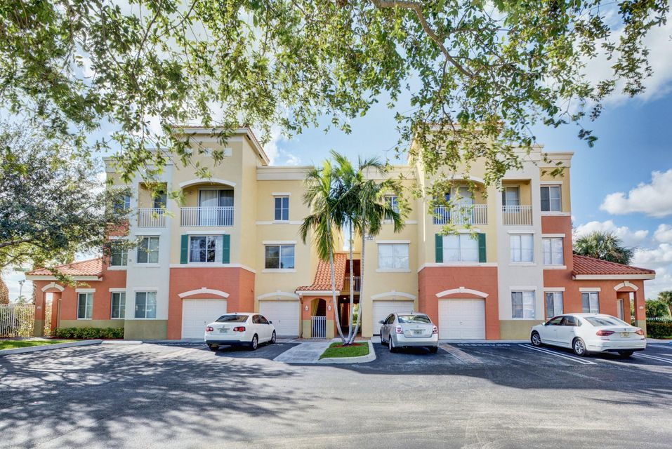 11032 Legacy Drive 106 , Palm Beach Gardens FL 33410 is listed for sale as MLS Listing RX-10384403 31 photos