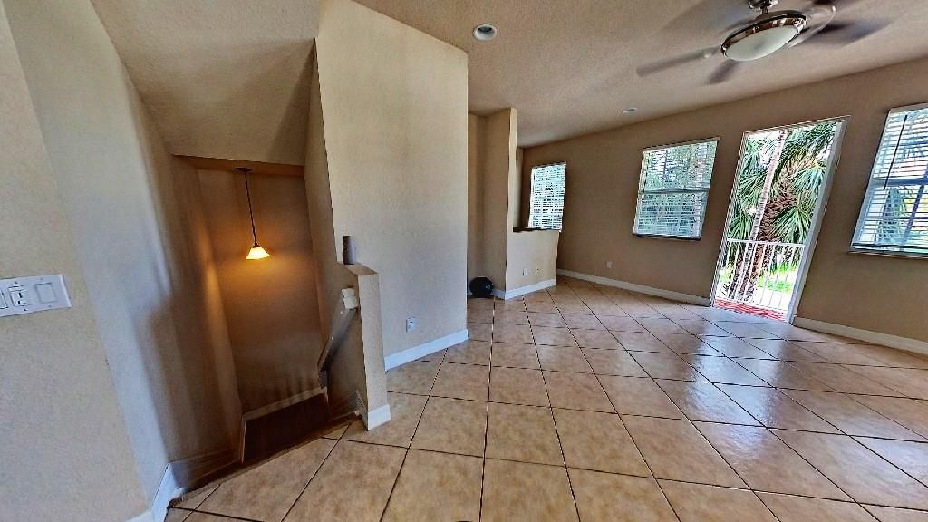 Additional photo for property listing at 101 Harbors Way 101 Harbors Way Boynton Beach, Florida 33435 United States