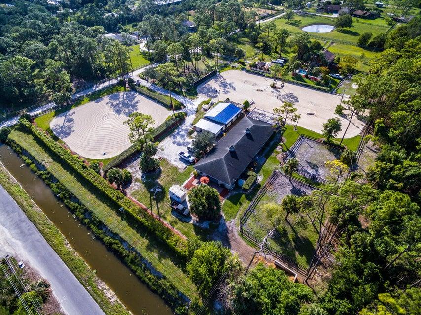 Casa para uma família para Venda às 2581 C Road 2581 C Road Loxahatchee Groves, Florida 33470 Estados Unidos
