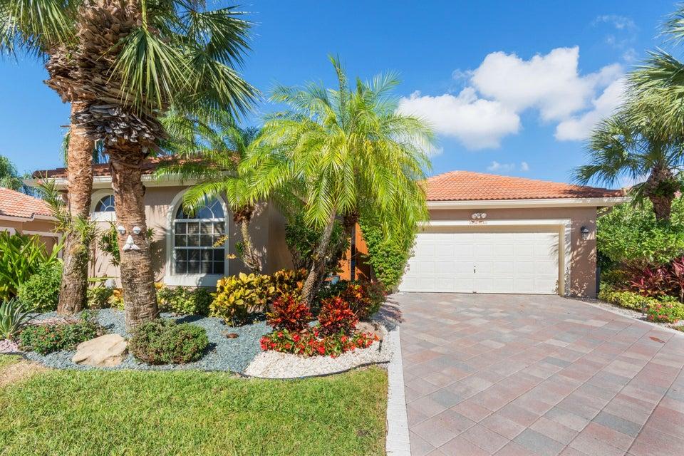 10770 Greenbriar Villa Drive  Wellington, FL 33449