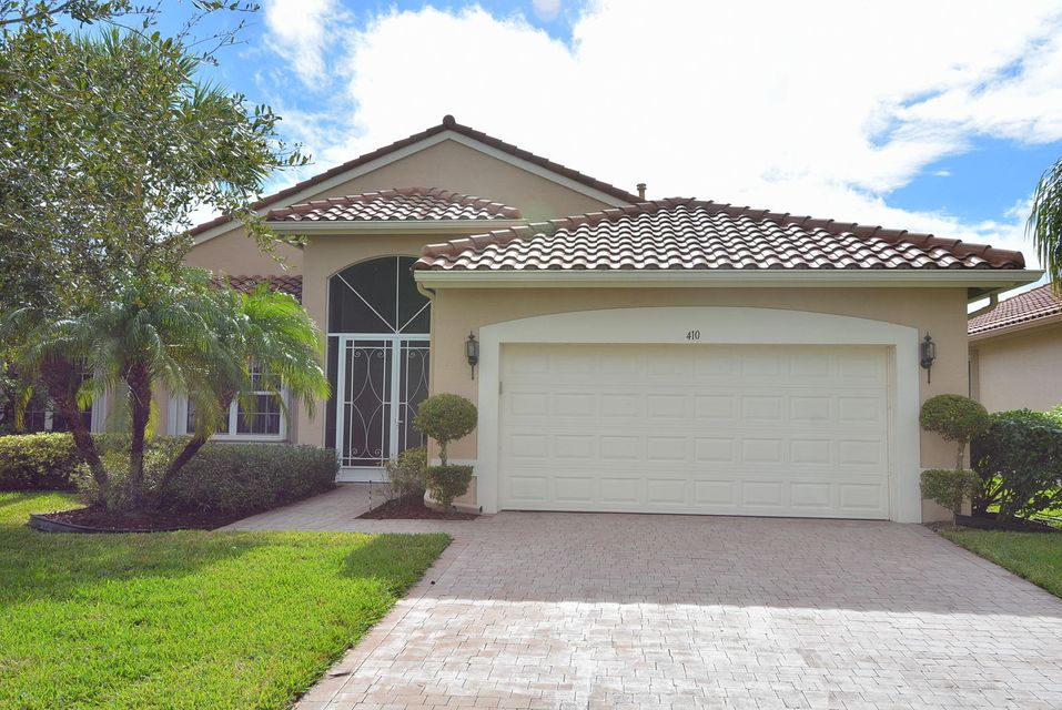 Single Family Home for Sale at 410 NW Shoreview Drive 410 NW Shoreview Drive St. Lucie West, Florida 34986 United States