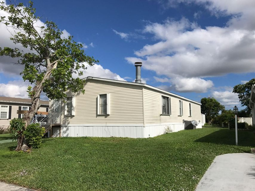 Mobile / Manufactured for Rent at 1780 SW 65th Avenue 1780 SW 65th Avenue Boca Raton, Florida 33428 United States