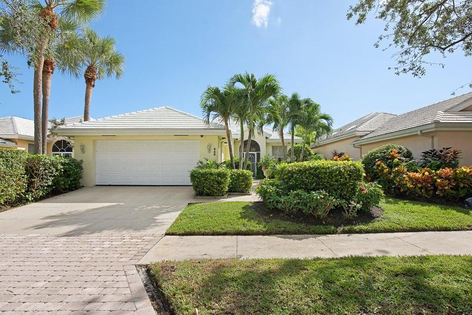 946 Bear Island Circle  West Palm Beach, FL 33409