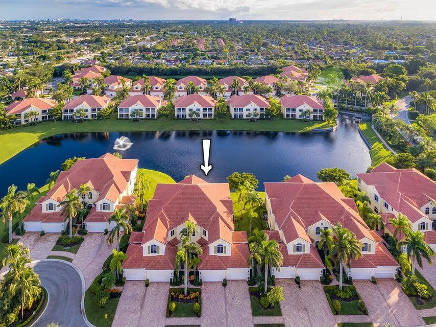 123 Palm Bay Terrace #B , Palm Beach Gardens FL 33418 is listed for sale as MLS Listing RX-10383553 49 photos